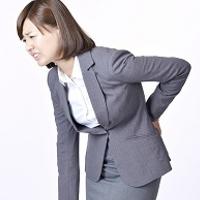 座りすぎの腰痛湿布効かない!?たったコレだけで腰痛改善!?